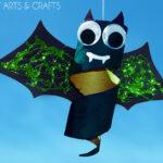 Cardboard Tube Spinning Bat Halloween Craft