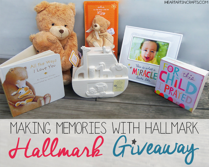 Making Memories With Hallmark (**Giveaway**)
