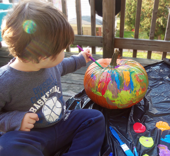 Easy Pumpkin Decorating For Toddlers