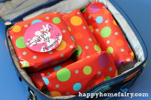 Use sponges to make your own lunchbox icepacks, plus other lunch hacks you need to know for back to school!