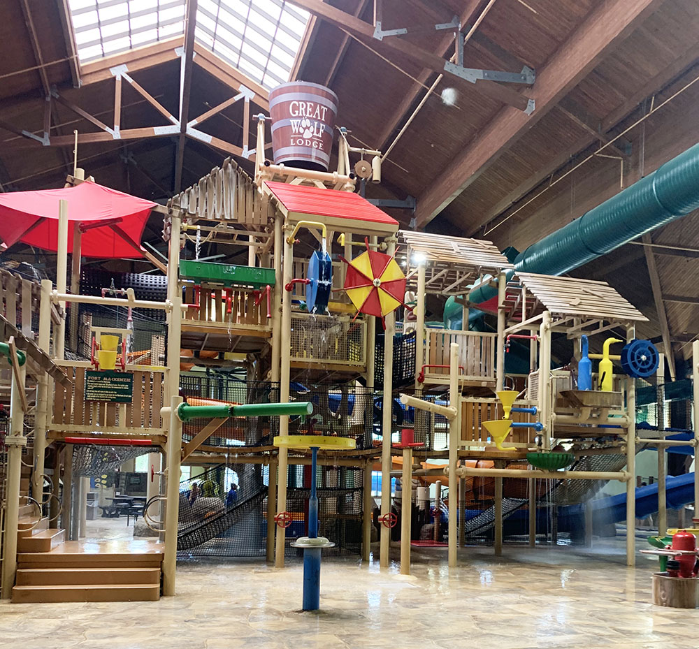 Ultimate Guide to Great Wolf Lodge - Discounts, tips, and